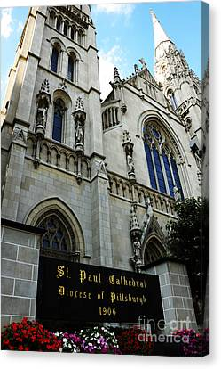 St Paul Cathedral Canvas Print by Thomas R Fletcher