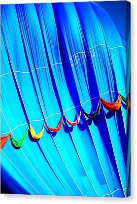 Take Off ... Canvas Print by Juergen Weiss