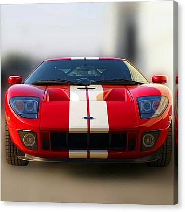 Instahub Canvas Print - 2006 Ford Gt40 by James Granberry
