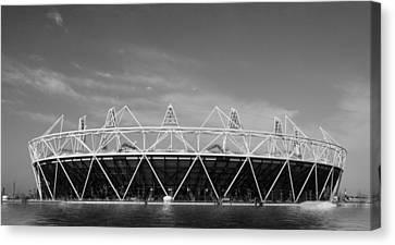2012 Olympic Stadium Bw Canvas Print by David French