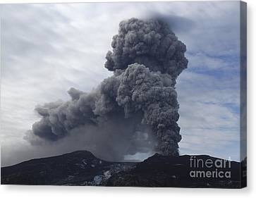 Eyjafjallajökull Eruption, Iceland Canvas Print by Martin Rietze