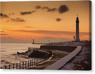 Sunderland, Tyne And Wear, England A Canvas Print by John Short