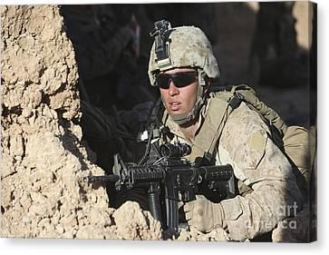 U.s. Marine Provides Security Canvas Print by Stocktrek Images