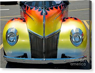 39 Ford Deluxe Hot Rod Grill Canvas Print by Mark Dodd