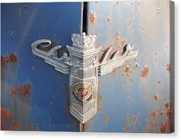 48 Chrysler Hood Emblem Canvas Print by Gordon H Rohrbaugh Jr