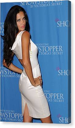 Adriana Lima At In-store Appearance Canvas Print by Everett
