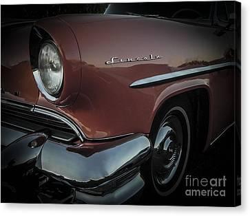 55 Lincoln Capri Canvas Print