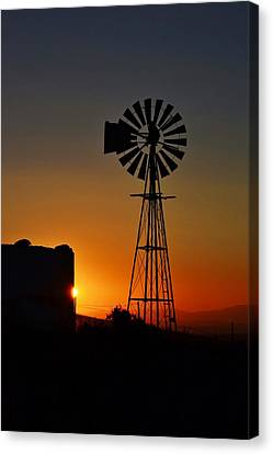 Canvas Print featuring the photograph Water Pump Windmill by Werner Lehmann