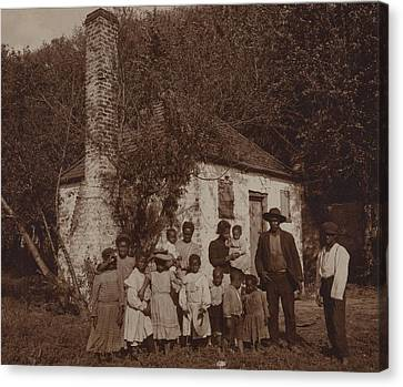 A Large African Americans Family Posed Canvas Print by Everett