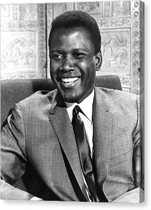 A Patch Of Blue, Sidney Poitier, 1965 Canvas Print by Everett