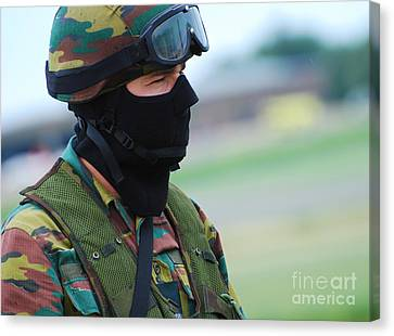 A Soldier Of The Special Forces Group Canvas Print by Luc De Jaeger