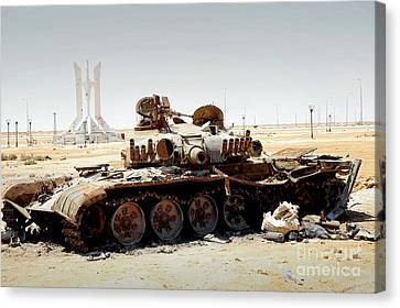 A T-80 Tank Destroyed By Nato Forces Canvas Print by Andrew Chittock