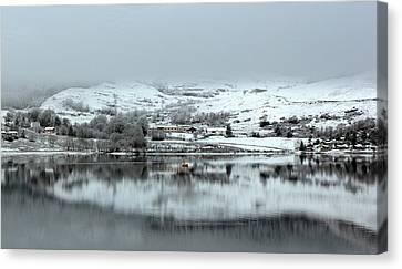 Canvas Print featuring the photograph A Winter's Scene by Lynn Bolt