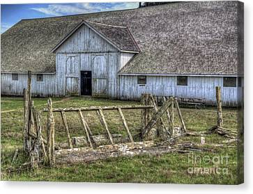 Abandoned Barn Canvas Print by Eddie Yerkish