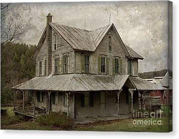 Abandoned Homestead Canvas Print by John Stephens
