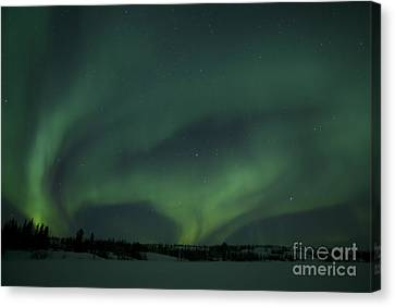Active Aurora Over Vee Lake Canvas Print