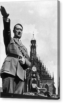Adolf Hitler At Reichsparteitag, 1934 Canvas Print by Everett