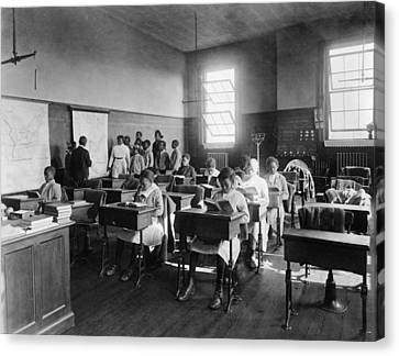 African American Students In Geography Canvas Print by Everett