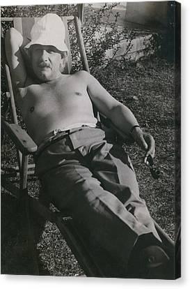 Albert Einstein 1879-1955, Sunbathing Canvas Print by Everett