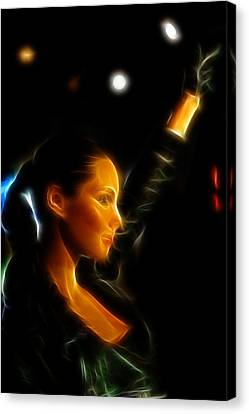 Alicia Keys - Singer Canvas Print by Lee Dos Santos
