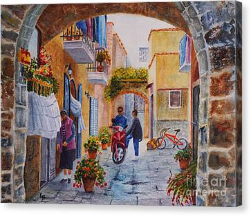 Canvas Print featuring the painting Alley Chat by Karen Fleschler