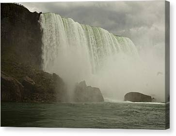 Canvas Print featuring the photograph American Falls by Darleen Stry