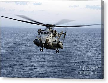 An Mh-53e Sea Dragon In Flight Canvas Print by Stocktrek Images