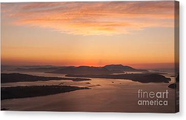 Anacortes Islands Sunset Canvas Print by Mike Reid