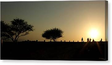 And The Day Ends Quietly.. Canvas Print by Saurabh Shenai
