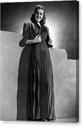 Ann Sheridan Wearing Pleated Evening Canvas Print by Everett