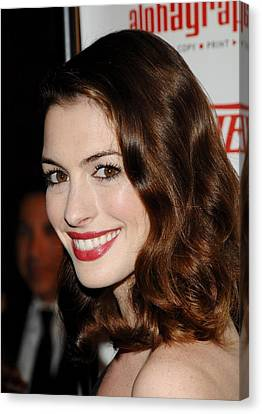 Anne Hathaway At Arrivals For 55th Canvas Print