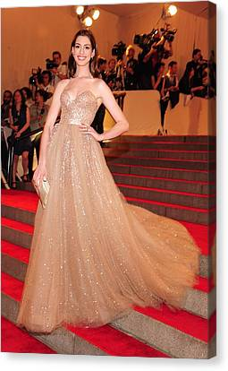 Anne Hathaway Wearing  A Valentino Gown Canvas Print by Everett