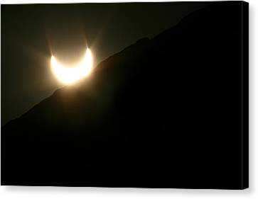 Canvas Print featuring the photograph Annular Solar Eclipse At Sunset Number 2 by Lon Casler Bixby