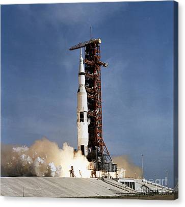 Apollo 11 Space Vehicle Taking Canvas Print