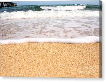 Approaching Wave Canvas Print by Hideaki Sakurai