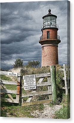 Canvas Print featuring the photograph Aquinnah Light I Marthas Vineyard by Jack Torcello