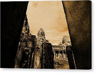 Canvas Print featuring the photograph Art Temple by Arik S Mintorogo