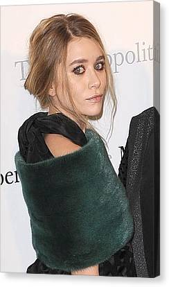 Ashley Olsen At Arrivals For The Canvas Print by Everett