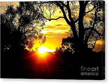 Canvas Print featuring the photograph Aussie Sunset by Blair Stuart