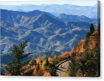 Autumn On The Blue Ridge Parkway Canvas Print by Lynne Jenkins