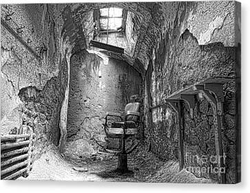 Barber - Chair - Eastern State Penitentiary - Black And White Canvas Print by Paul Ward