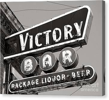 Canvas Print featuring the photograph Barhopping At The Victory 1 by Lee Craig