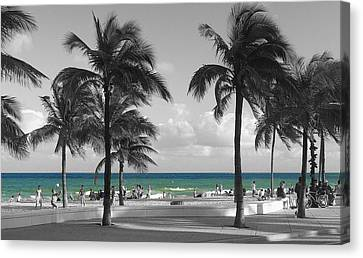 Canvas Print featuring the photograph Beach Fun by Raymond Earley