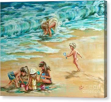 Beach Streaker Canvas Print by Sandra Valentini