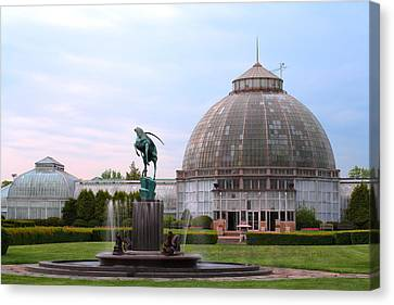 Belle Isle Anna Scripps Whitcomb Conservatory And Leaping Gazelle Statue By Marshall Fredericks Canvas Print by Gordon Dean II