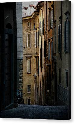 Bergamo Alley Canvas Print by Perry Van Munster
