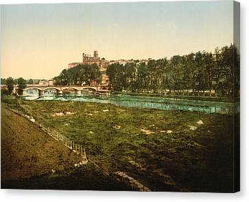 Beziers - France Canvas Print