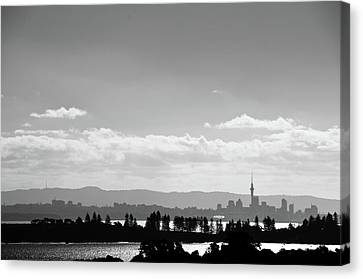 Auckland Canvas Print - Black And White Skyline Of Auckland, New Zealand by Justin Hoffmann Photography