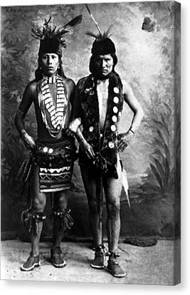 Black Elk Left In Undated Photo Canvas Print by Everett