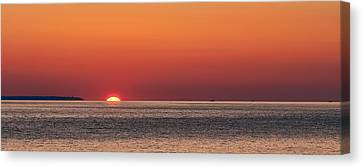 Block Island Sunrise Canvas Print by William Jobes